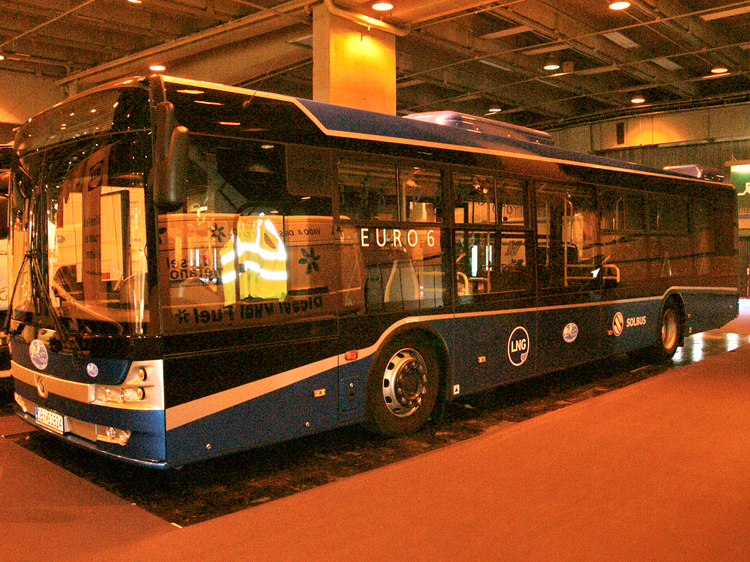 <LNG Solcity bus
